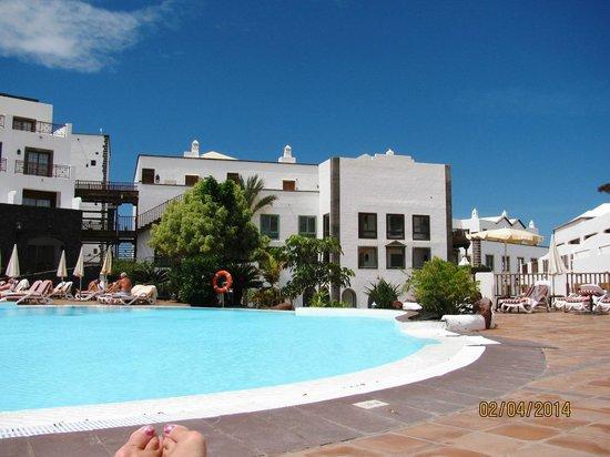 Gran Castillo Tagoro Family & Fun Playa Blanca: Une des piscines