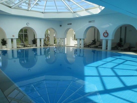 Aziza Residence Thalasso Golf : piscine interieur