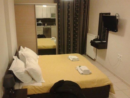 Mc Queen Hotel: Καλό και καθαρό !