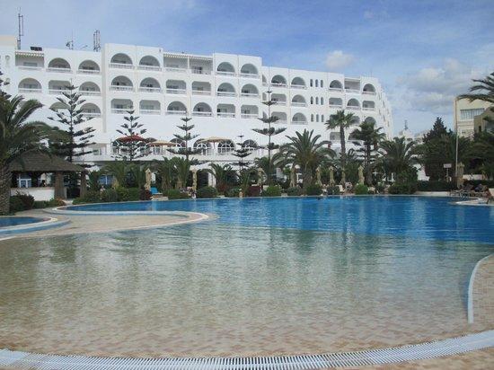 Aziza Residence Thalasso Golf: hotel vue general