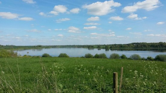 Brixworth Country Park: Lovely view on the red walk