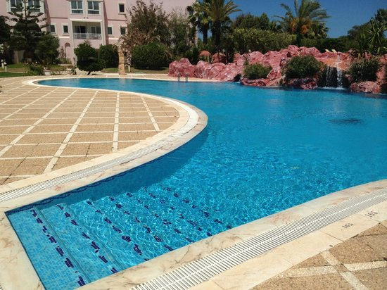 Regency Tunis Hotel : Hotel pool