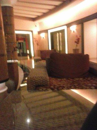 Azzaro Resort & Spa : Lobby