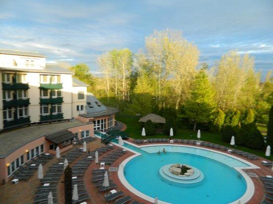 Lotus Therme Hotel & Spa: вид из окна номера