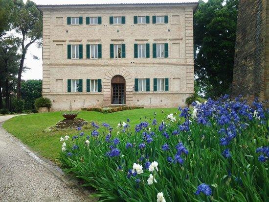 Borgo Storico Seghetti Panichi : villa