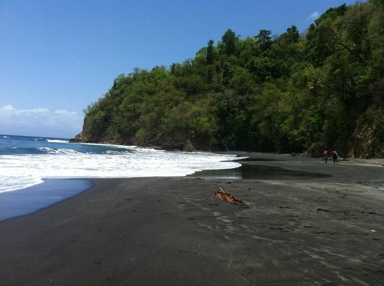 Anse Couleuvre: The black sand