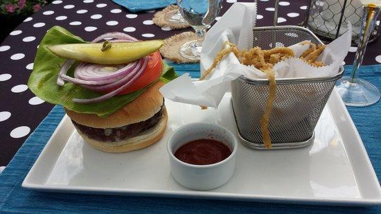 Vintage Restaurant: Burger