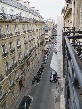 Hotel Waldorf Trocadero : Balcony view