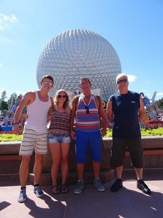 Just arrived to Epcot!