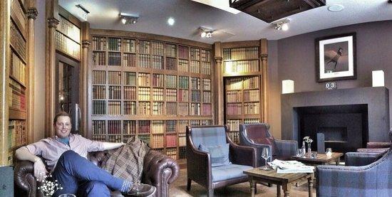 The Raeburn : The Library