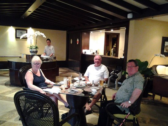 Sutera Harbour Resort (The Pacific Sutera & The Magellan Sutera): with our friends BJ and Barry
