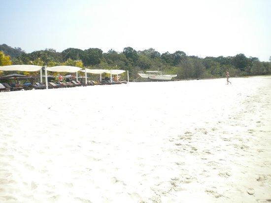 Berjaya Langkawi Resort - Malaysia : Private Beach