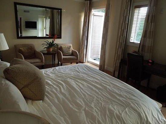Angler's Miami South Beach, a Kimpton Hotel: The room