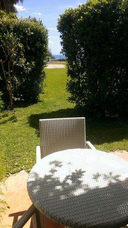 Grand Hotel Baia Verde: Privé sul giardino,caméra 132, bellissimo