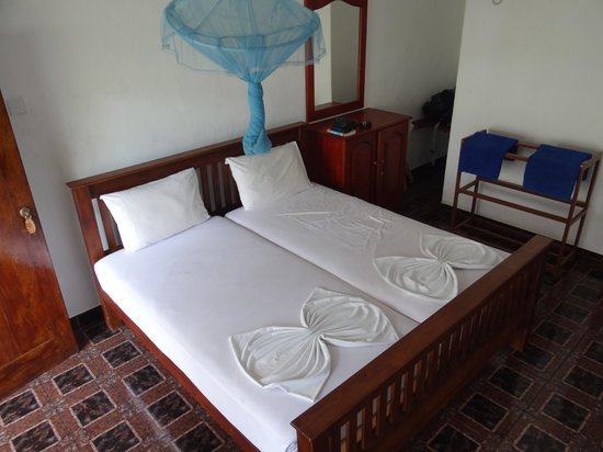 Ocean View Tourist Guest House: the bedroom