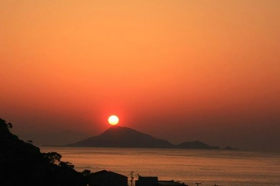 Nakamuraya : 屋上からの朝日