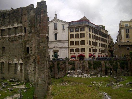 Hotel Forum Roma: da via dei Fori Imperiali