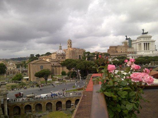 Hotel Forum Roma: vista dalla terrazza-bar