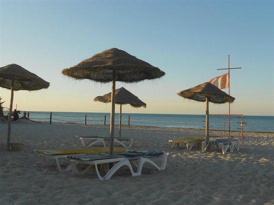 Djerba Sun Club: Spiaggia