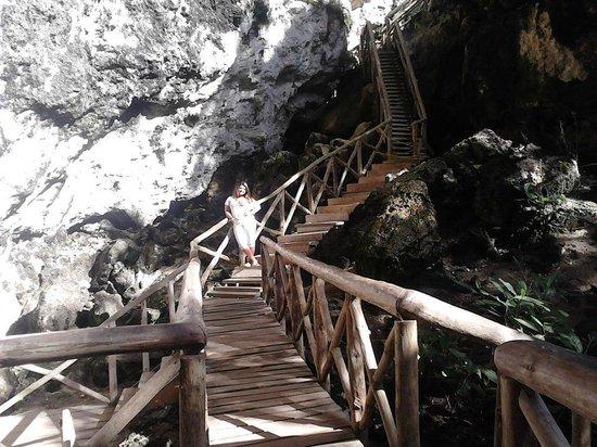 Cap Cana Oasis : Escadaria para El hoyo Azul
