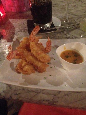 Cera 23: Tempura prawns - mega starter!