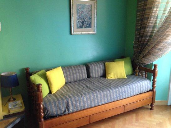 Casa Pariolina: divano letto al piano terra