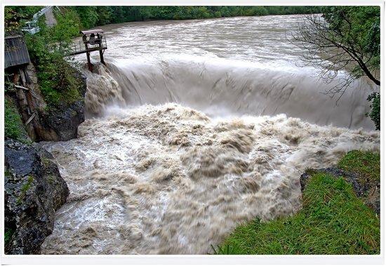Lechfall: la piena del fiume Lech