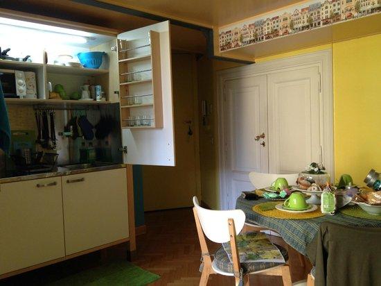 Casa Pariolina: angolo cottura