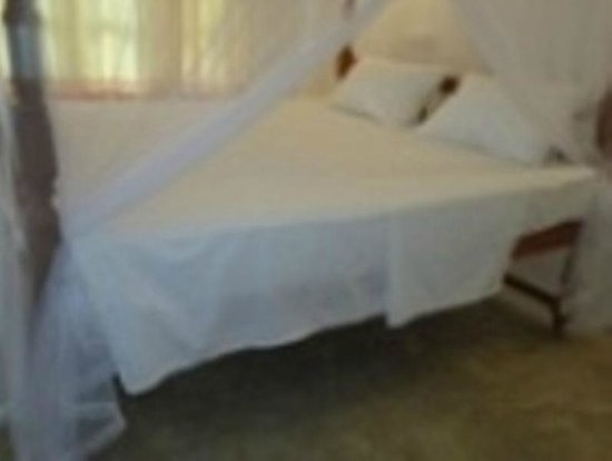 Mirissa Beach Inn : European Matteress & pillows, BEST SLEEP IN MIRISSA