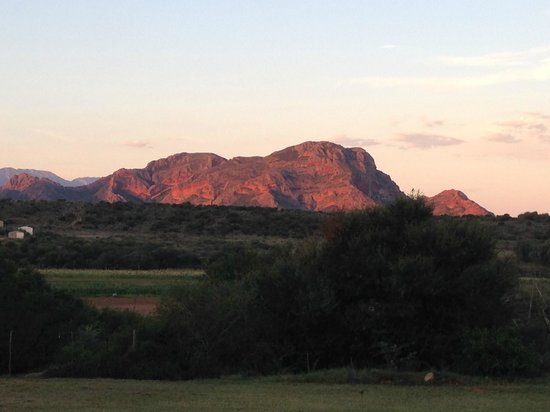 Thabile Lodge: The montains going red at sun set
