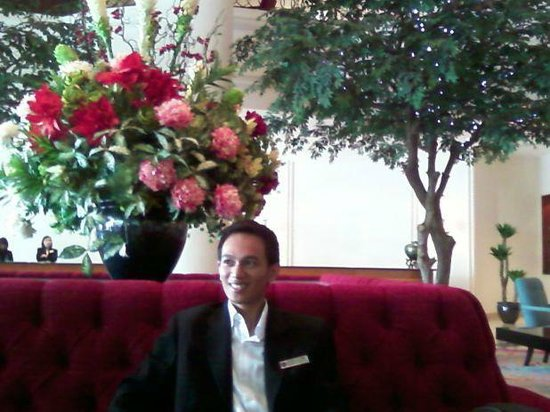 Hotel Aryaduta Manado: Great Lobby Lounge