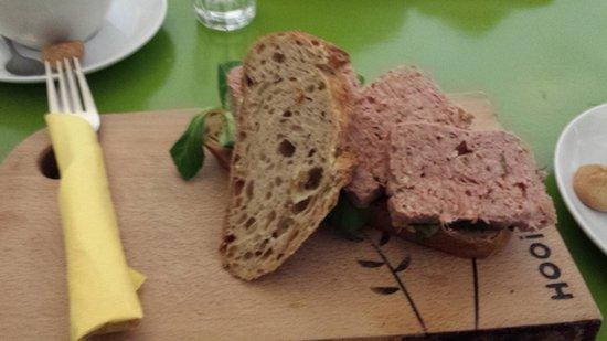Hooi: Duck Pate Sandwich