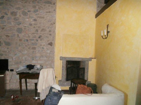 Hotel Castello Di Casiglio: la camera da letto