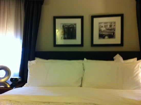 Le Meridien Piccadilly : Un lit très confortable