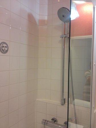 Hôtel Joyce - Astotel : Bathroom pic 2