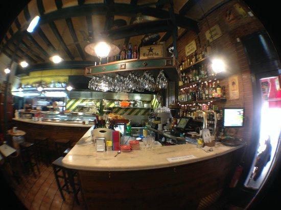 Jai-Ca: Bar interior