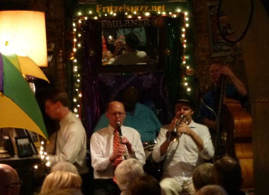 Fritzel's European Jazz Bar : Classic New Orleans Jazz done very well