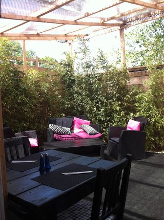 Nikki Sushi : La terrasse