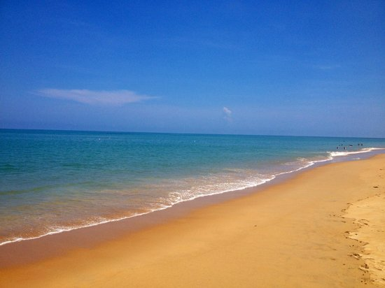 Ramada Khao Lak Resort : Beach front