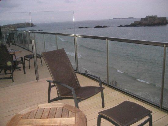 Hotel Oceania Saint Malo : vue sur le grand Bai