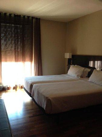AC Hotel Avenida de America: Room in the 6th floor