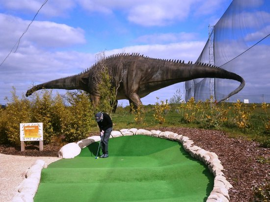 ‪Dinosaur Safari Adventure Golf‬