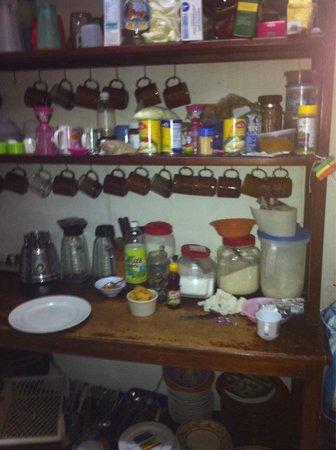 Hostal Transilvania: Kitchen
