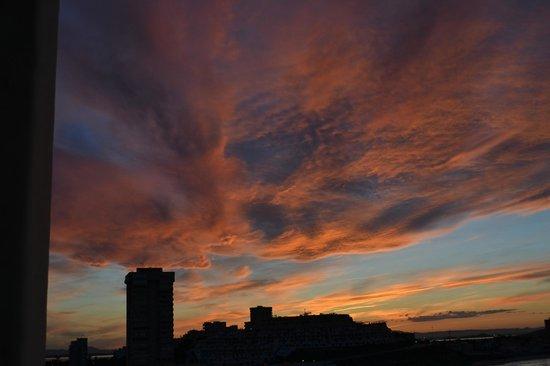 Servigroup Galúa: Le ciel le soir vu de la chambre