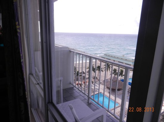 Newport Beachside Hotel and Resort: View from the room