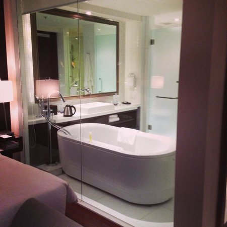 Hyatt Regency Phuket Resort: Bathroom