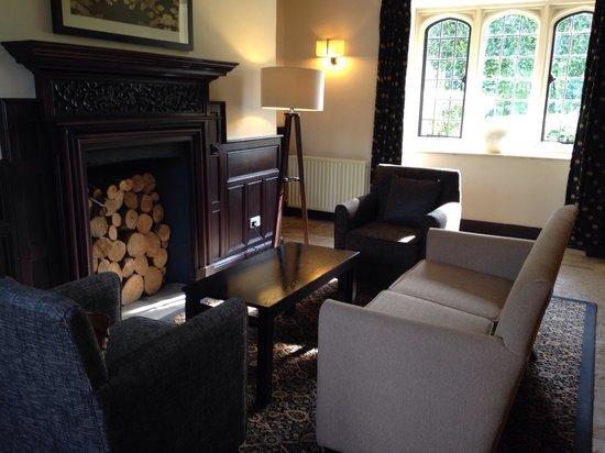 Oxford Thames Four Pillars: Lounge