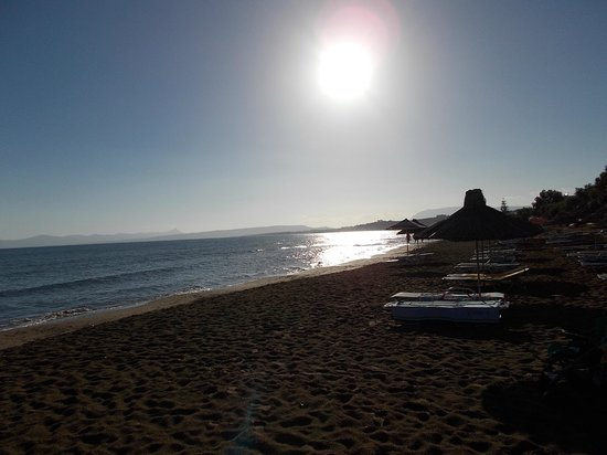 Santa Marina Beach Hotel: 6 am in the morning, WOW