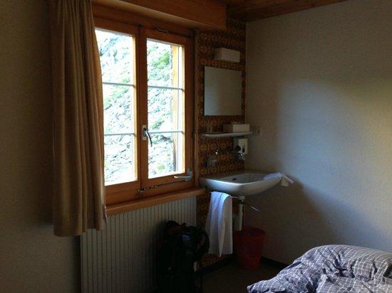 Berghotel und Restaurant Schwarenbach: Zimmer mit fliessend Wasser