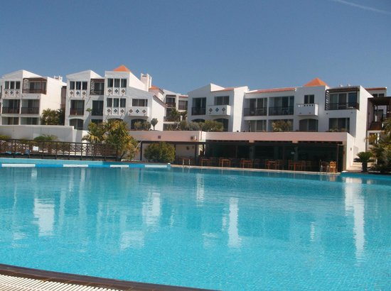 Fuerteventura Princess: pool and apartments